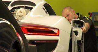 Zo bouwt Porsche de 918 Spyder