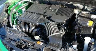Mazda 2 1.3 86pk