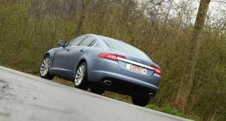 Jaguar XF 2.7D & 3.0 V6