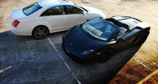 Lamborghini Gallardo vs Mercedes S65 AMG