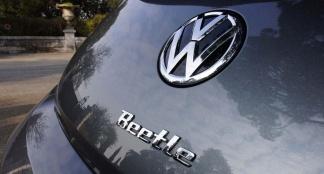 VW Beetle Cabrio 2.0 TDI