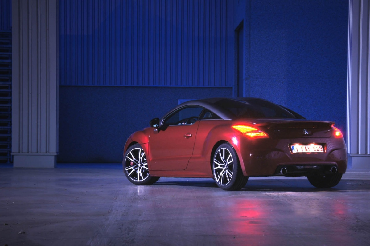 peugeot rcz r tests. Black Bedroom Furniture Sets. Home Design Ideas