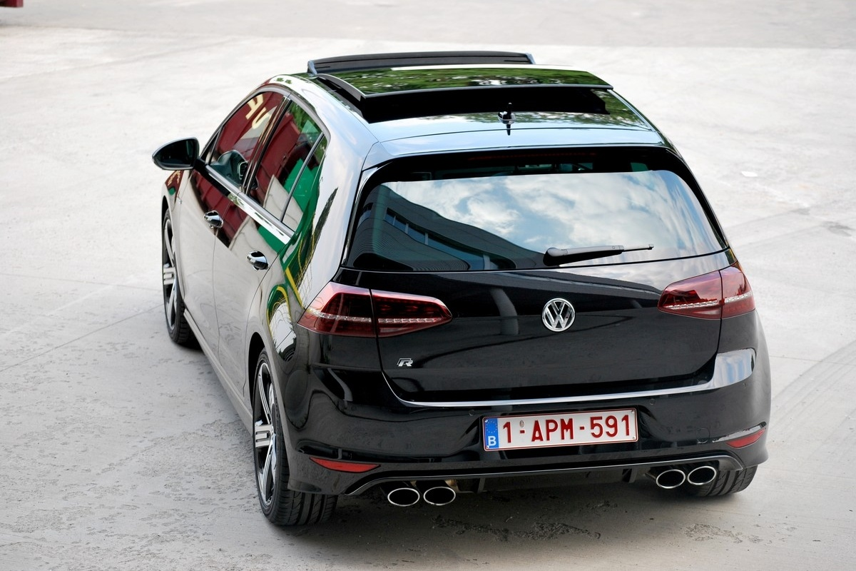 Top 10 des voitures les plus flash es en belgique auto55 for Golf 7 interieur nuit