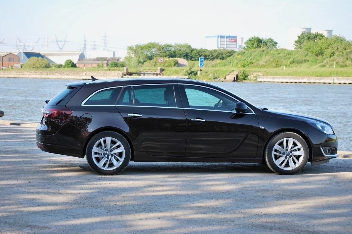 opel insignia sports tourer 20 cdti test auto55be tests