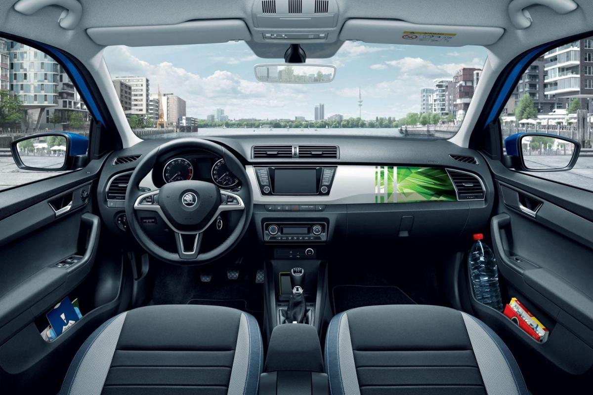 Jouw foto op dashboard nieuwe Skoda Fabia | Auto55.be | Nieuws