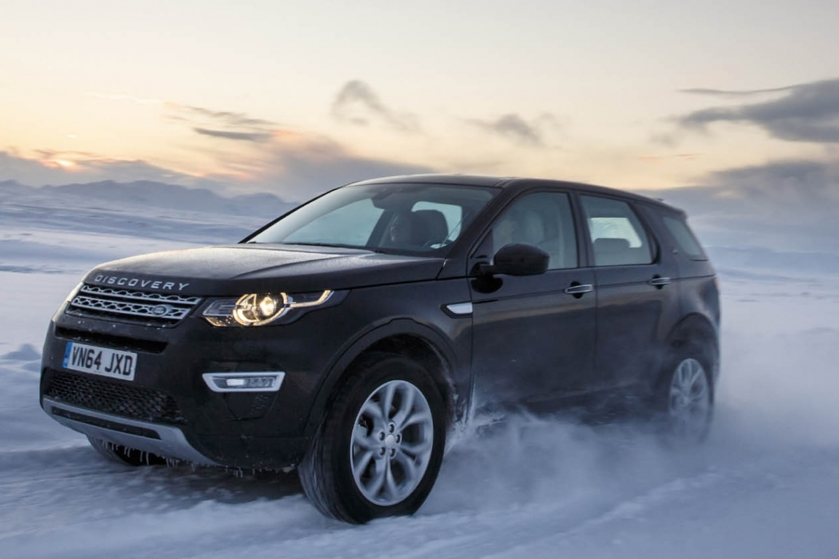 land rover discovery sport 2 2 sd4 diesel autotest. Black Bedroom Furniture Sets. Home Design Ideas
