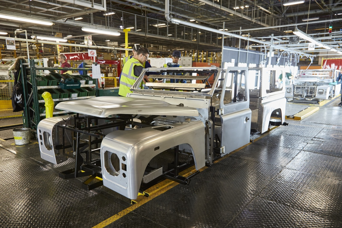 Land Rover Defender Production Auto55 Be