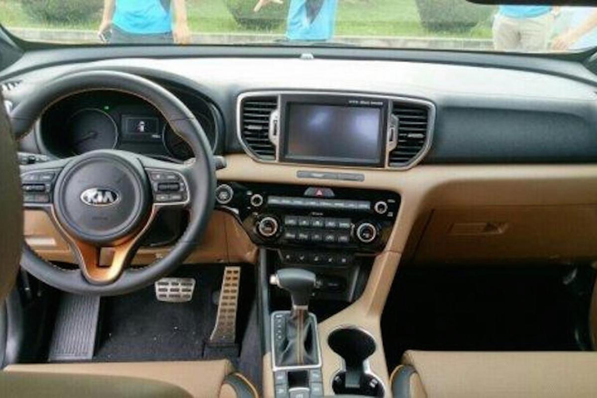 Volkswagen Golf 7 Gti Tvw Car Design besides Bmw E46 Cabriolet Mit Mb Design Kv1 Felgen further Carbon Steel Grey Vw Golf Gti 986d4d192b80055e furthermore Vw Tiguan 2 Neues Modell Tl 1 4tsi 125ps 6g Beige moreover 25528 La C agne De Teasing Du Kia Sportage Tombe A Leau. on 2016 vw cabriolet