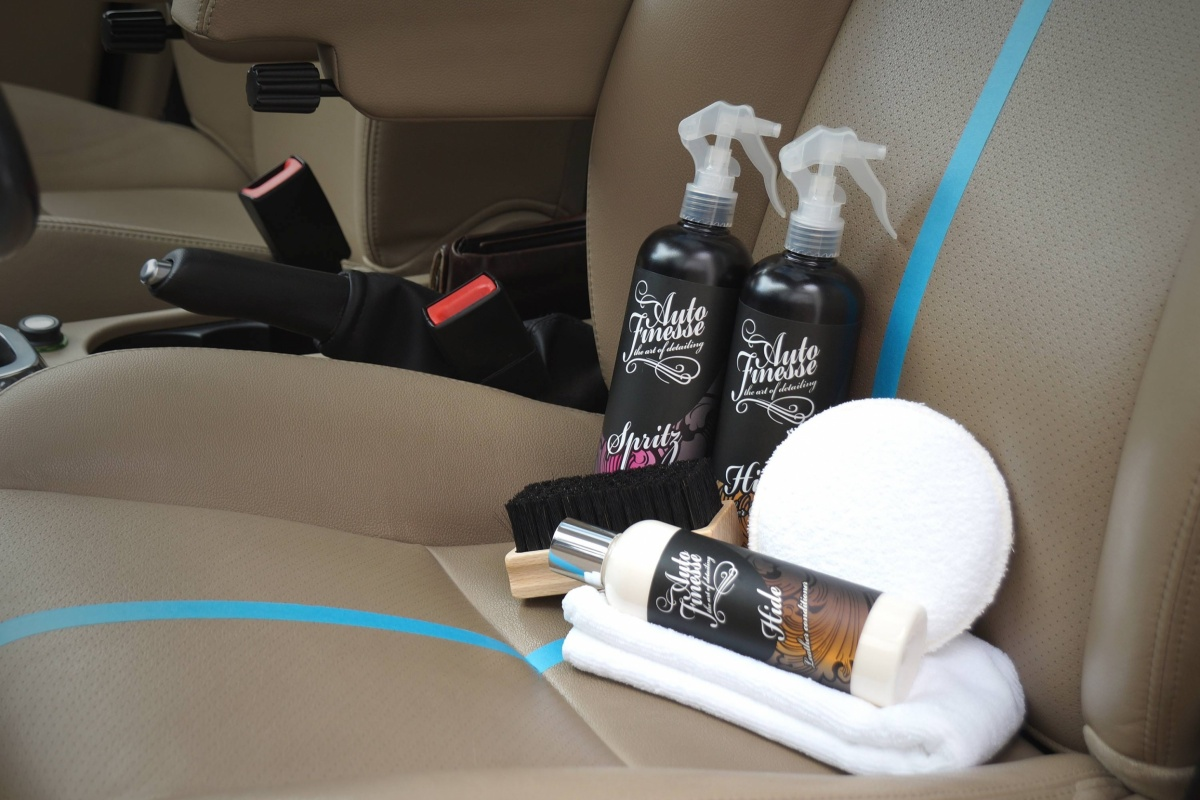 Welke producten gebruik je hoe je lederen interieur for Leder auto interieur