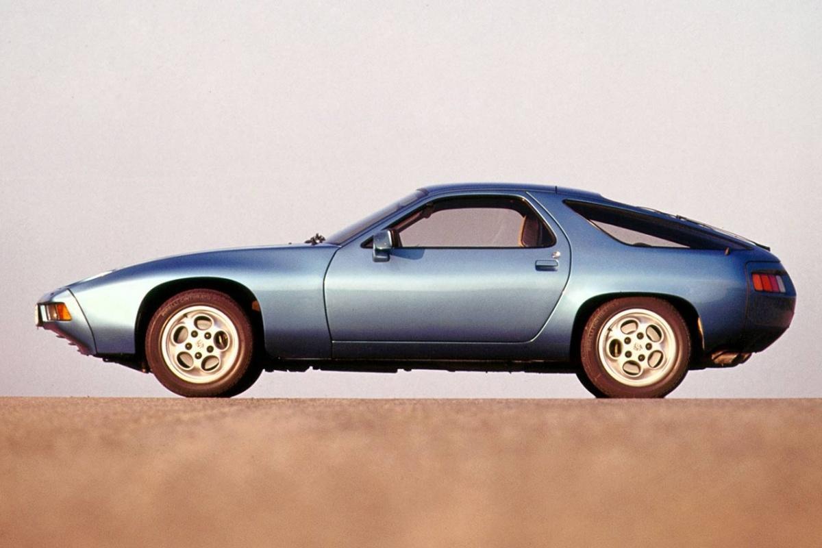 Porsche 928 Stoelen.Porsche 928 1977 1995 In De Schaduw Van De 911 Auto55 Be Retro
