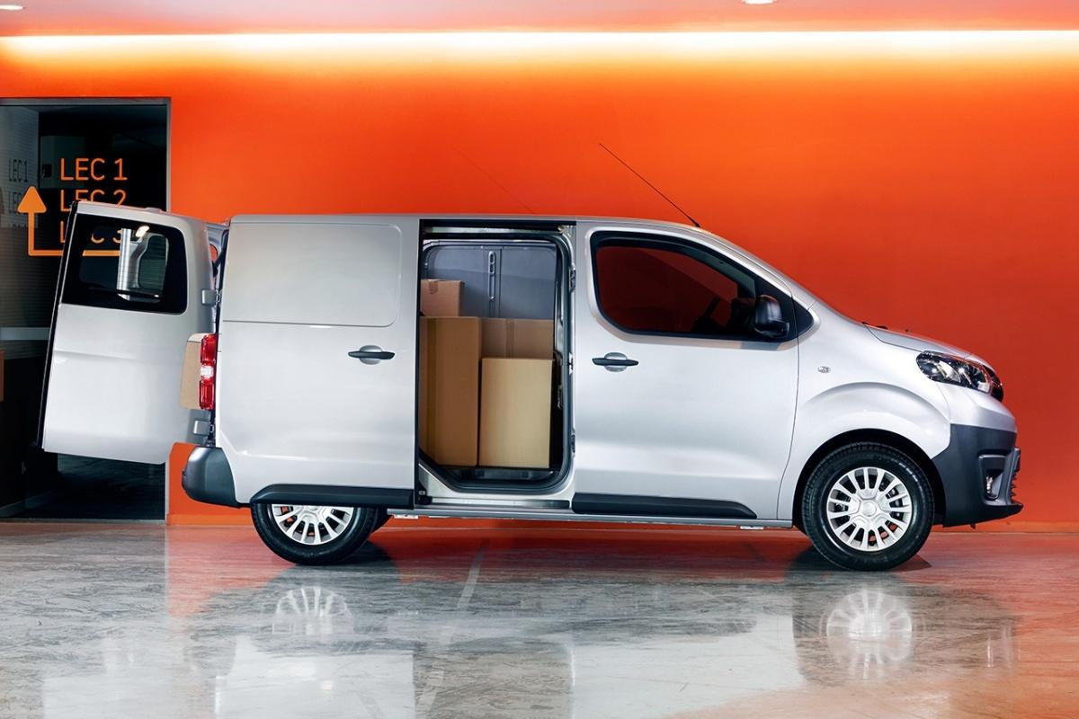 peugeot traveller citro n space tourer toyota proace bestelwagenvariant nieuws. Black Bedroom Furniture Sets. Home Design Ideas
