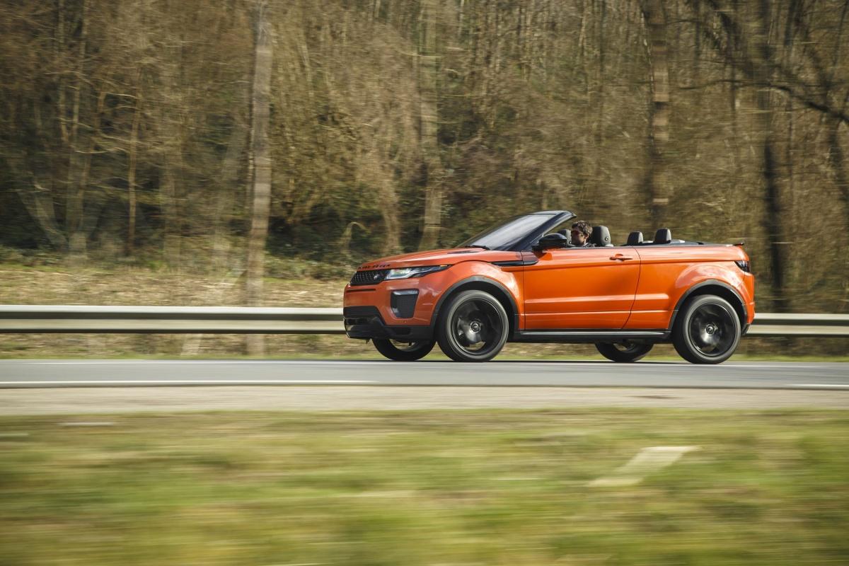 range rover evoque convertible td4 180pk tests. Black Bedroom Furniture Sets. Home Design Ideas