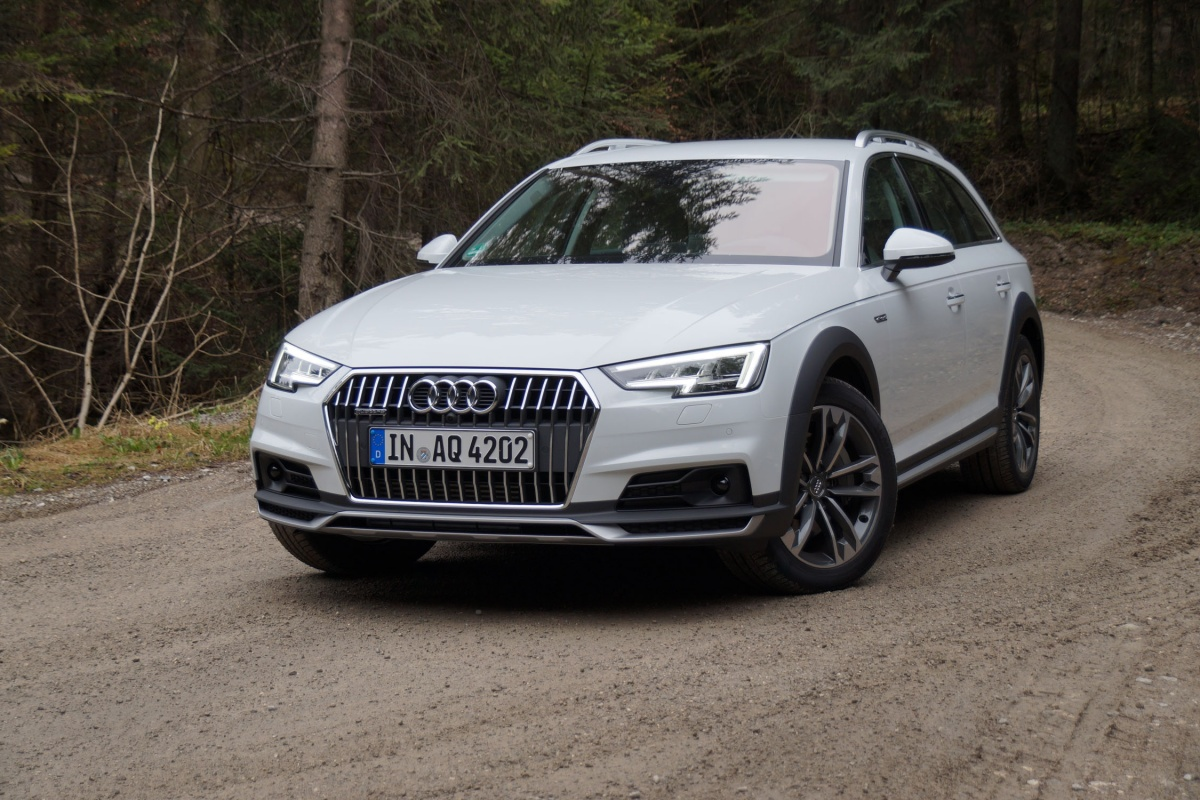 audi a4 allroad 2 0 tfsi quattro ultra tests. Black Bedroom Furniture Sets. Home Design Ideas
