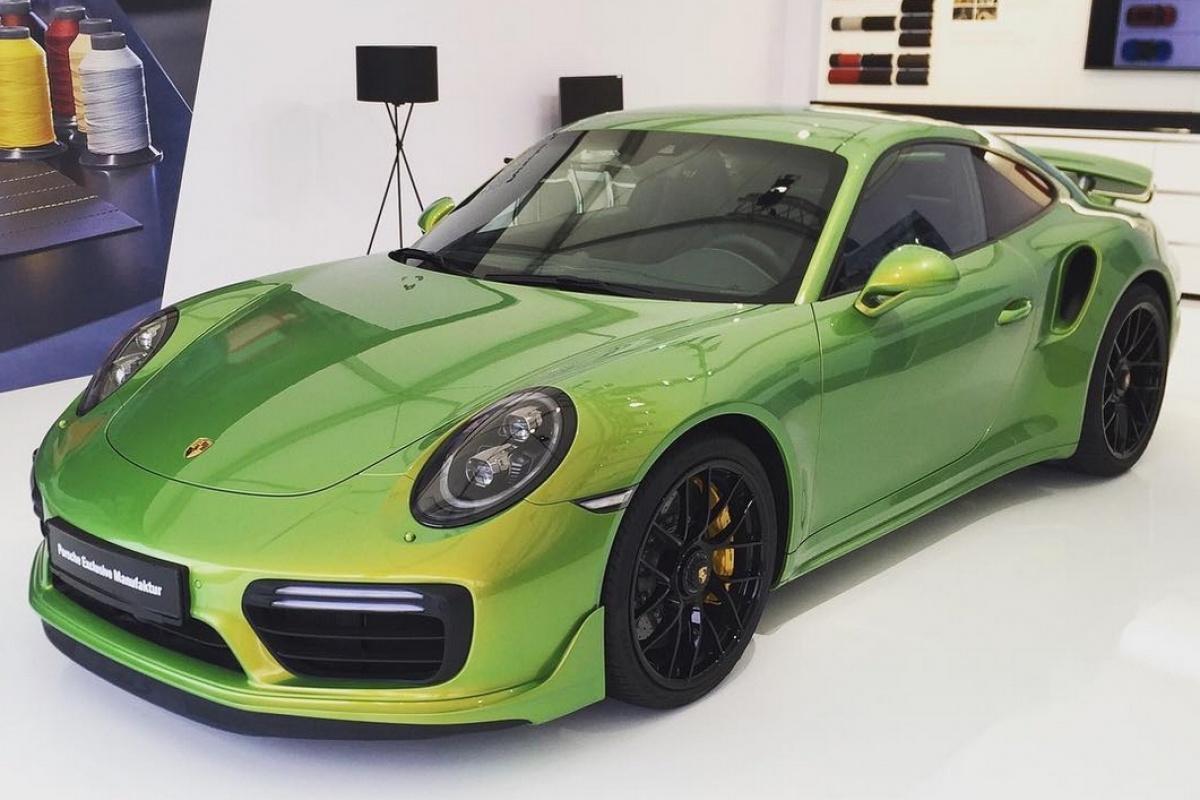 De verf op deze Porsche 911 kost méér dan een nieuwe Cayman   Auto55 ...