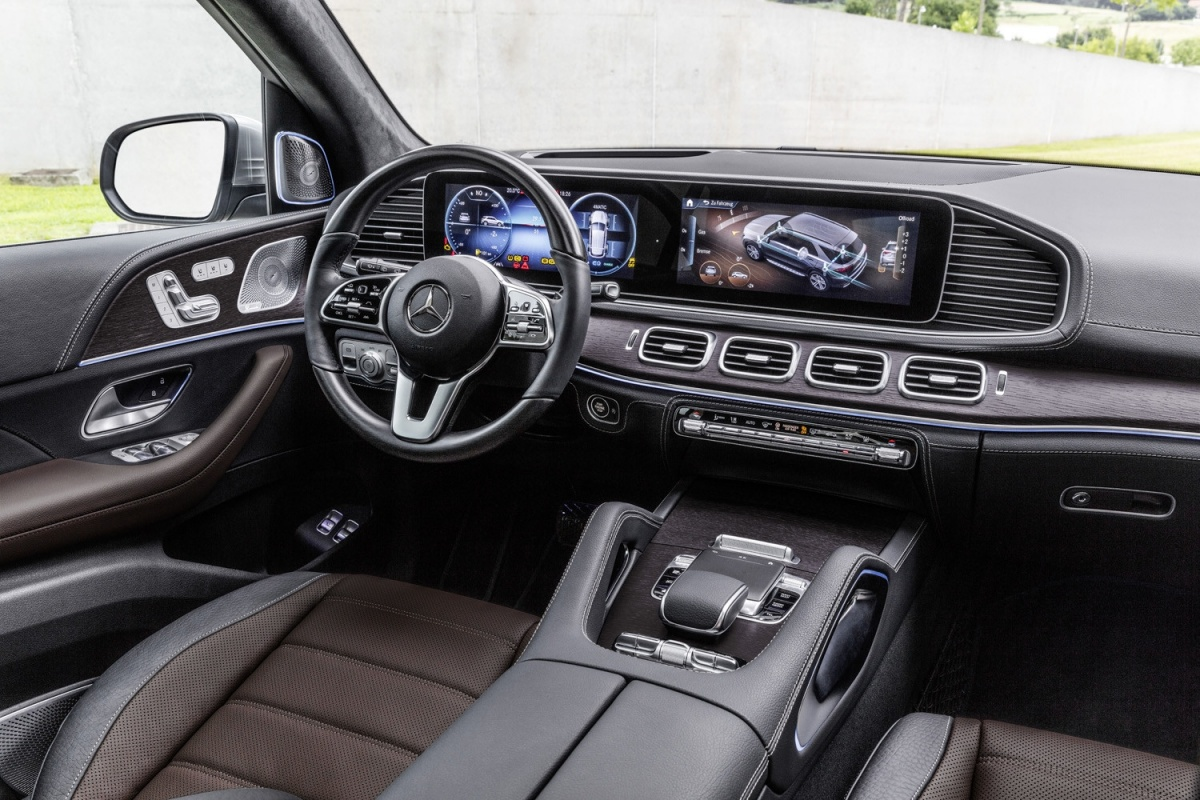 le nouveau mercedes gle suv 2019 luxe et ambition actualit. Black Bedroom Furniture Sets. Home Design Ideas