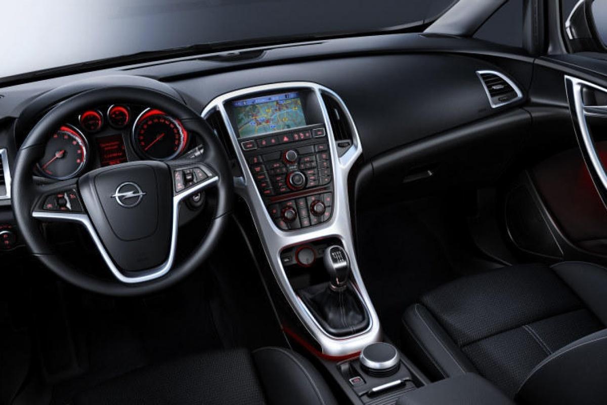 Opel astra afl 3 het interieur nieuws for 020 interieur