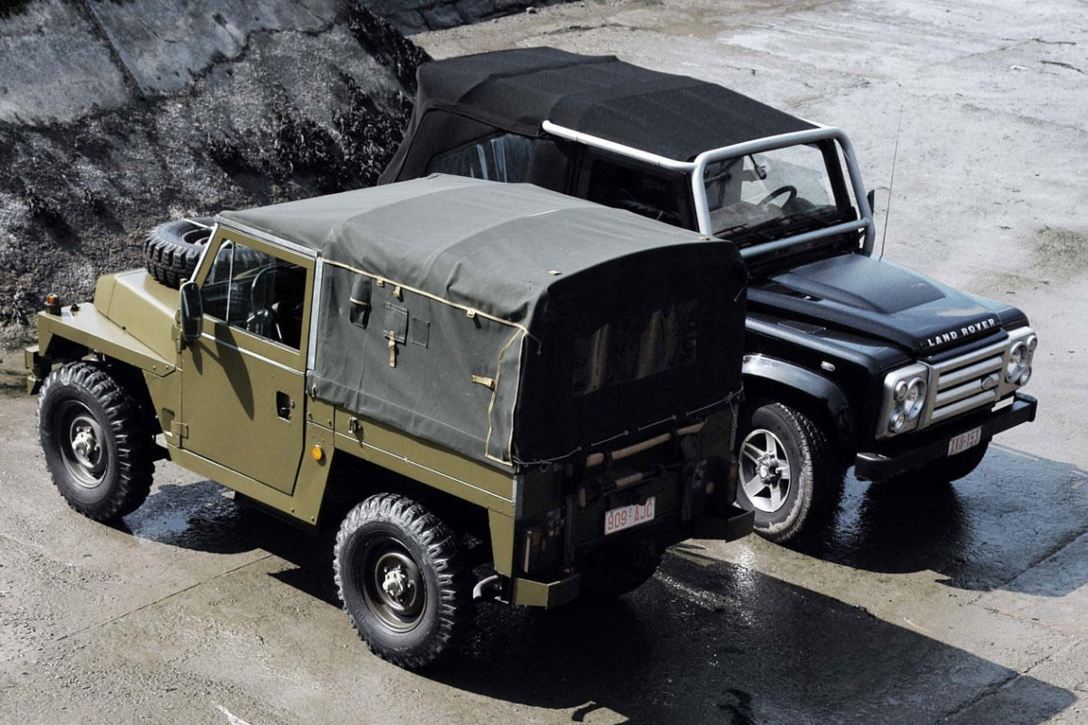 land rover defender svx vs lightweight retro. Black Bedroom Furniture Sets. Home Design Ideas