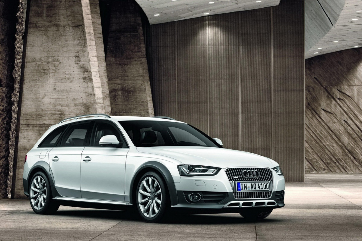 Audi A4 Allroad MY2012