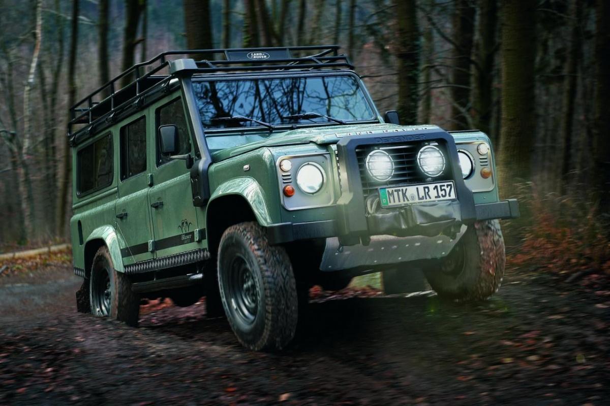 voor de jacht blaser edition land rover defender auto55. Black Bedroom Furniture Sets. Home Design Ideas