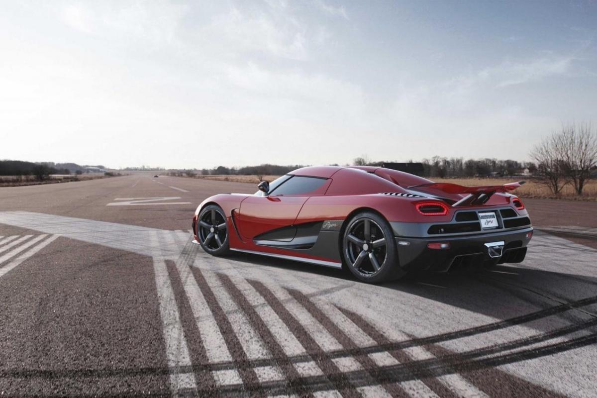 8 keer beter: Koenigsegg Agera MY2013
