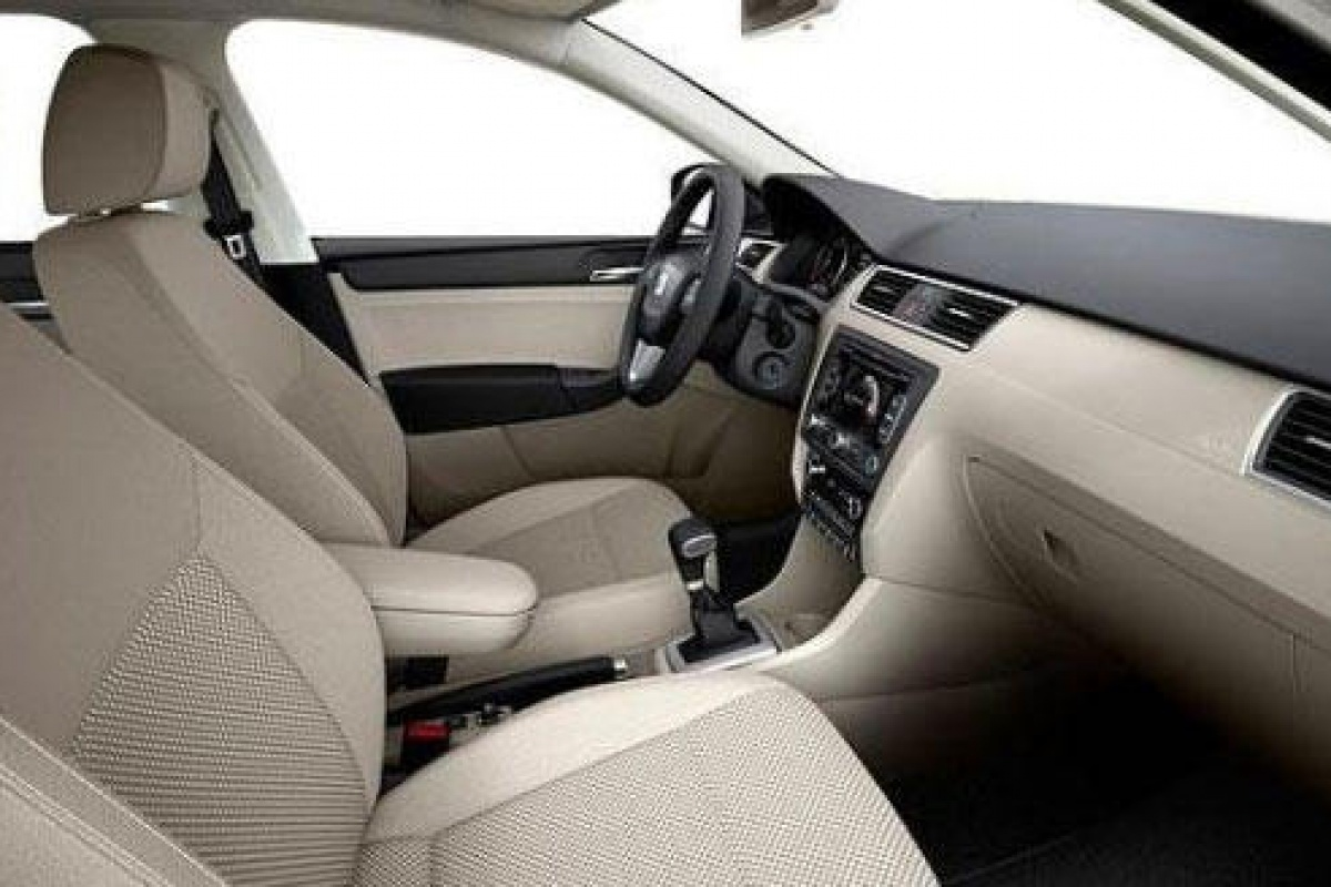 Seat Toledo MY2012 preview