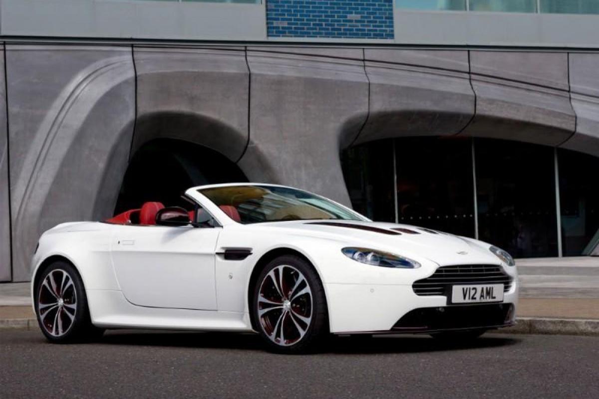Aston Martin V12 Vantage Roadster gallery