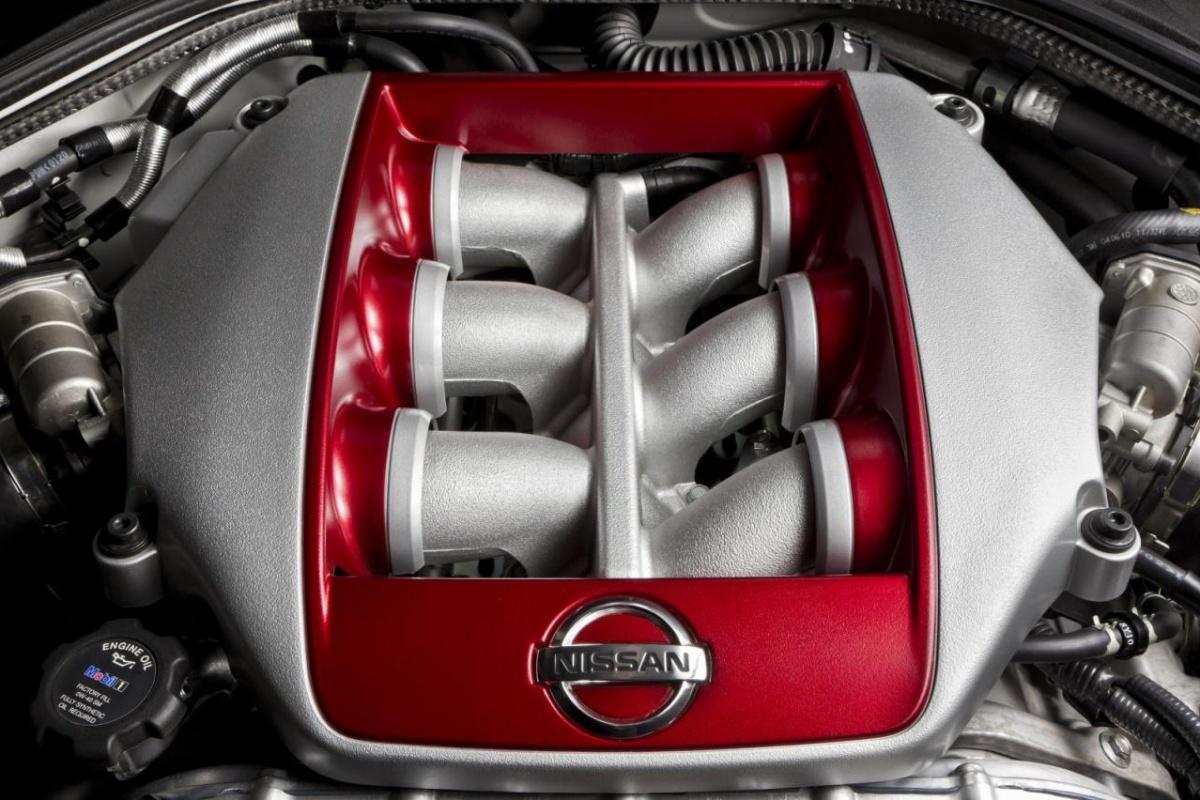 Nissan GT-R MY2013
