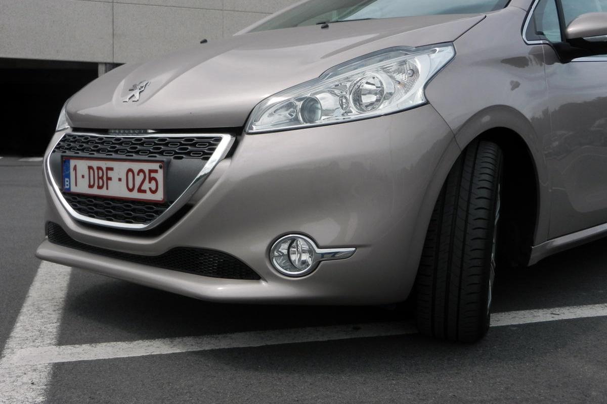 Peugeot 208 1.6 e-HDI 92