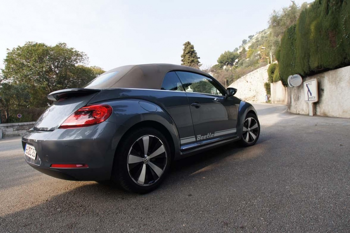 vw beetle cabrio 2 0 tdi tests. Black Bedroom Furniture Sets. Home Design Ideas