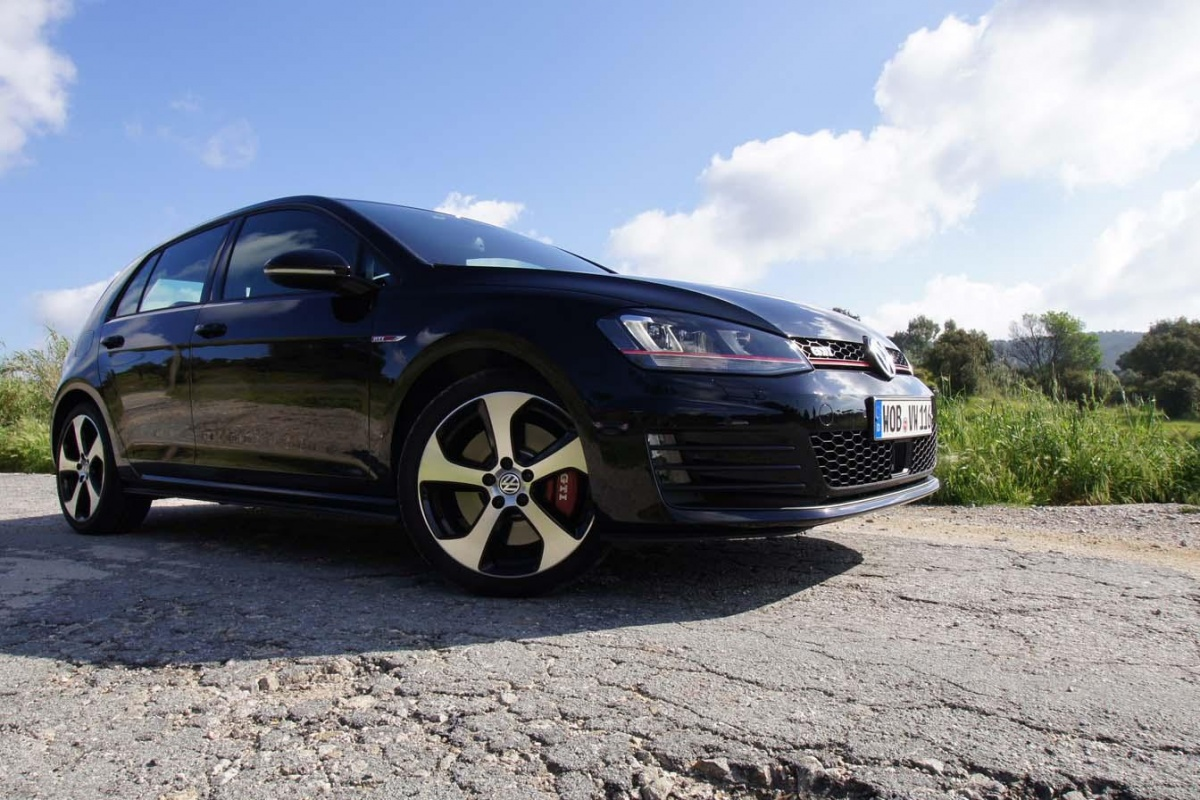 vw golf gti vii performance tests. Black Bedroom Furniture Sets. Home Design Ideas