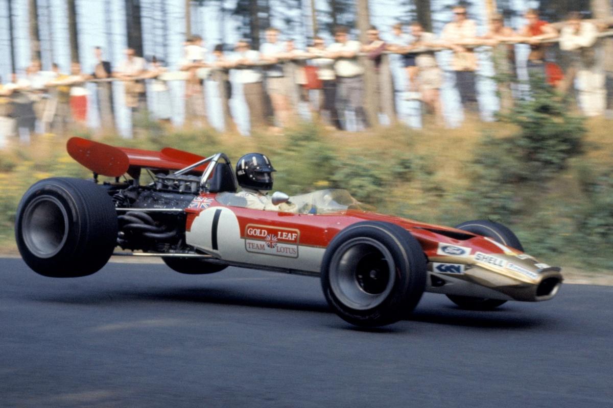 96938-lotus-49-1967-graham-hill.jpg