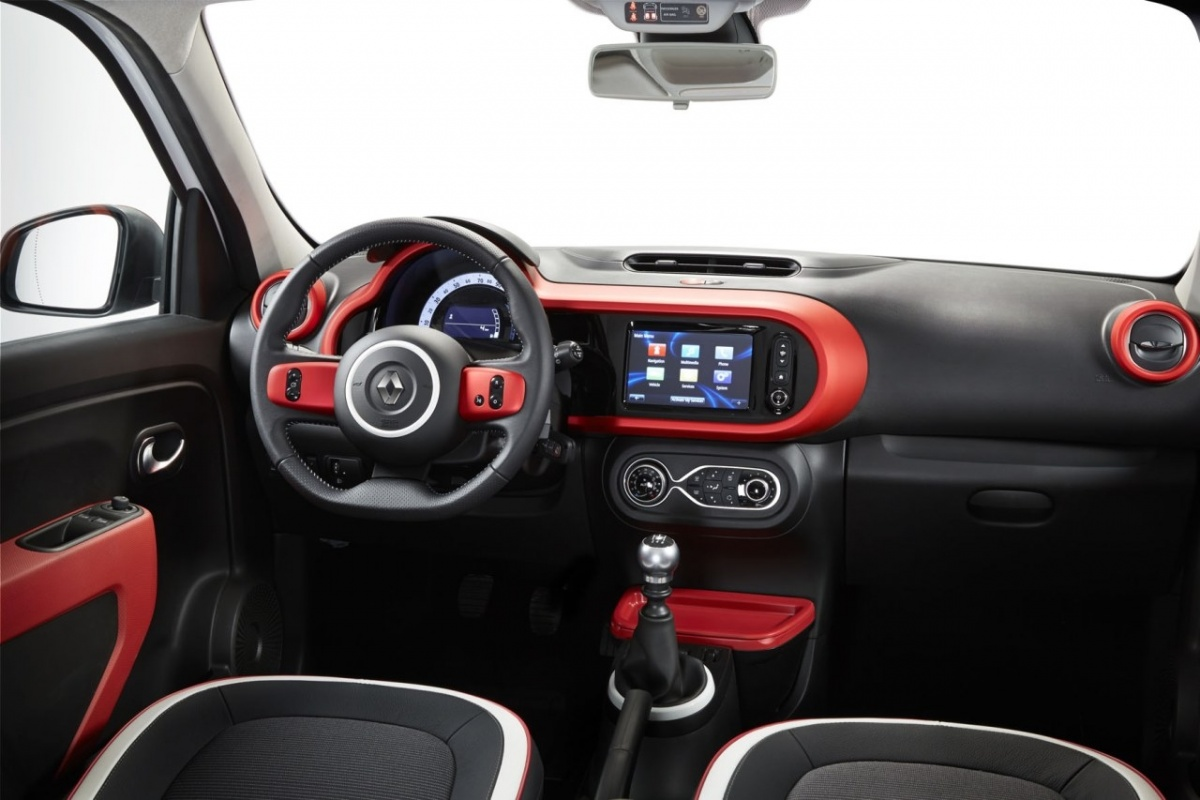 nieuwe renault twingo meer over interieur en motor nieuws. Black Bedroom Furniture Sets. Home Design Ideas