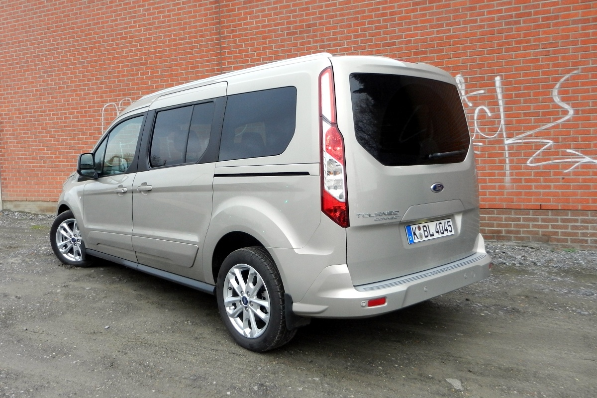 test ford grand tourneo connect 1 6 tdci tests. Black Bedroom Furniture Sets. Home Design Ideas