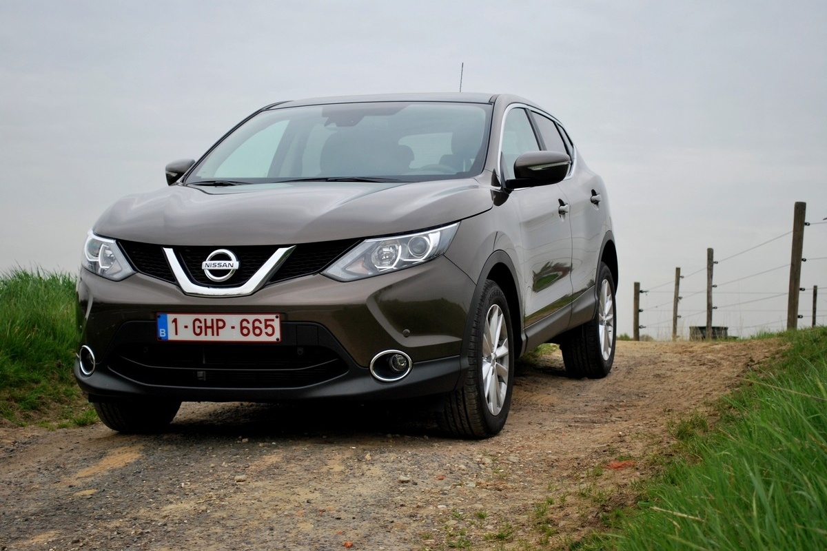 nissan qashqai 1 2 dig t connect edition test tests. Black Bedroom Furniture Sets. Home Design Ideas