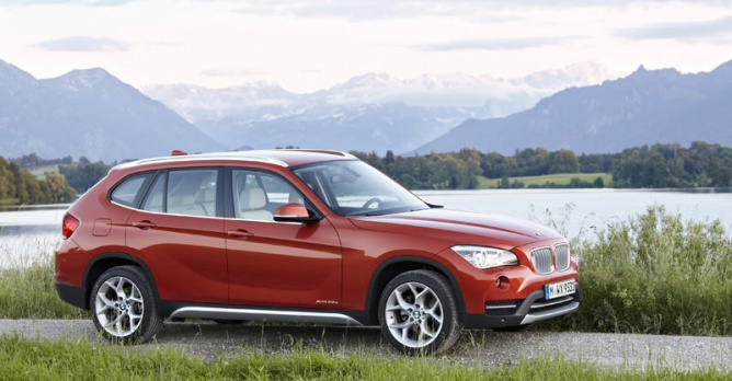 bmw x1 25d xdrive tests. Black Bedroom Furniture Sets. Home Design Ideas